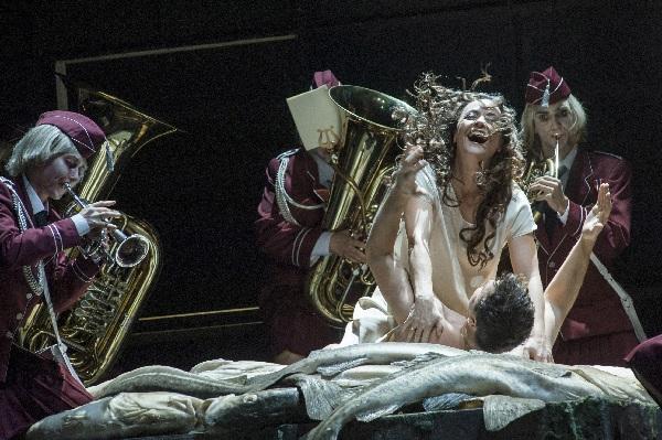 Evelyn Herlitzius, Lady Macbeth, Maxim Aksenov, Sergej, Foto Marcus, Lieberenz