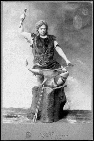 Peter_CORNELIUS_als_Siegfried