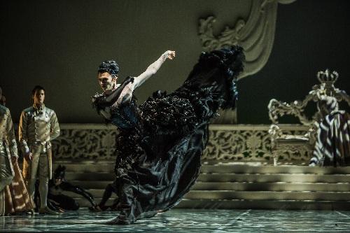 Rishat Yulbarisov als Carabosse, Foto Yan Revazov4