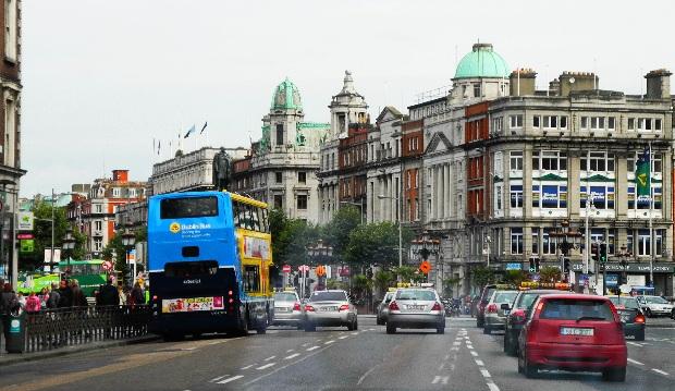 Dublin, der Verkehr rollt