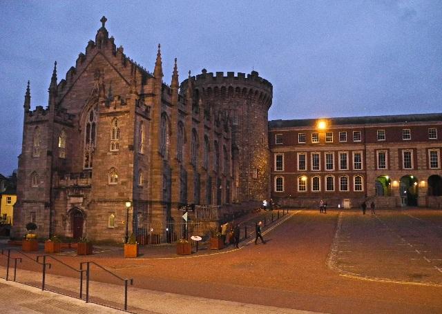 Dublins Schloss, Anfang 12. Jahrhundert