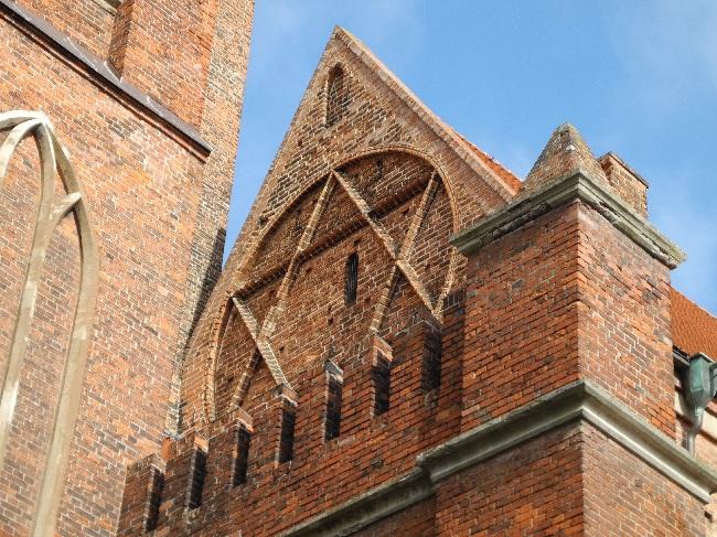 Hexagramm am Westgiebel des Dom-Hauptschiffes, 1. H. 15. Jh