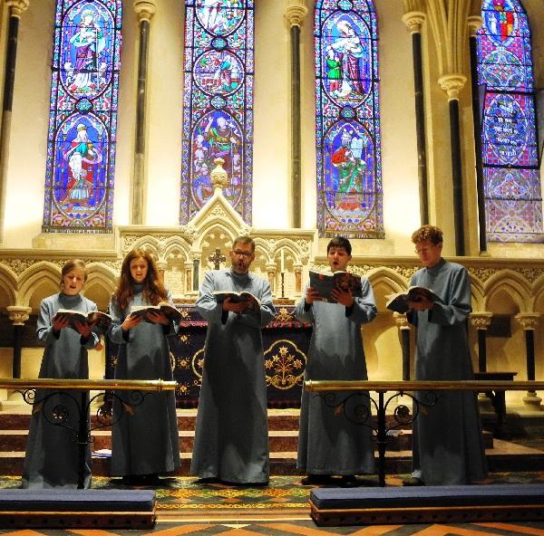 St. Patrick, Chormitglieder in der Marienkapelle