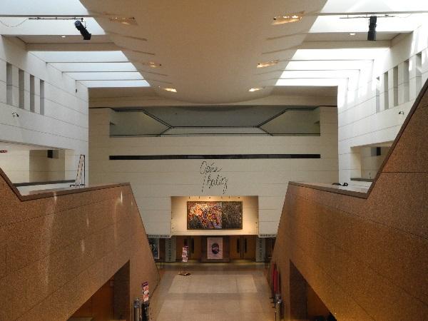 Opéra Berlioz im Kongresszentrum Le Corum von Claude Vasconi