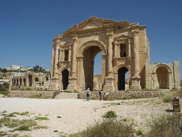00Hadriansbogen in Jerash
