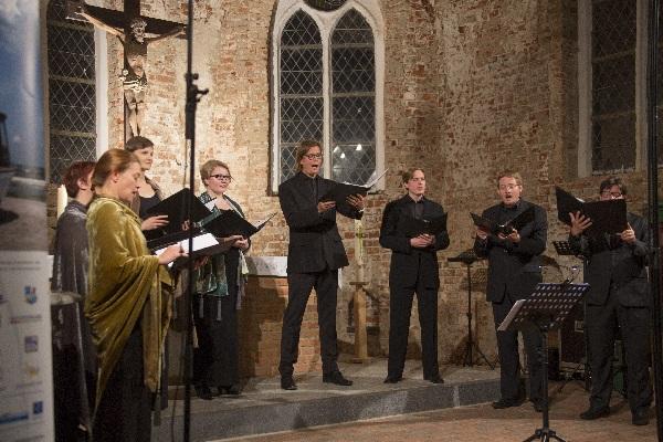 Usedomer Musikfestival, Lumen Valo in Krummins Michaeliskirche, Foto Geert Maciejewski