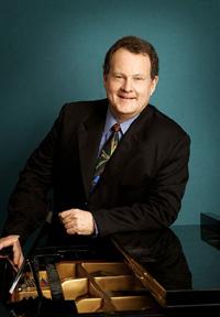 Michael HALLIWELL