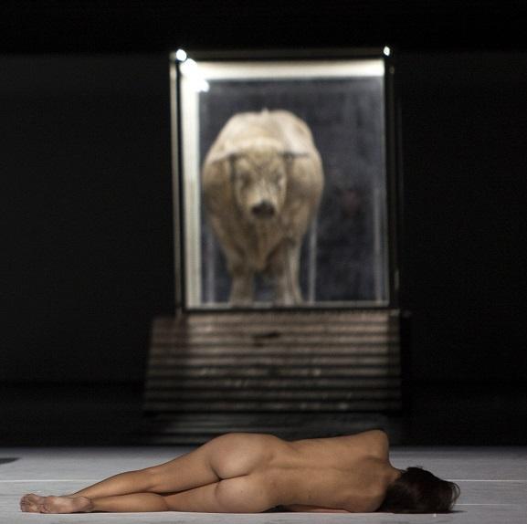 -Repetition-generale-Moses-und-Aron--c---Bernd-Uhlig---Opera-national-de-Paris-16--1600