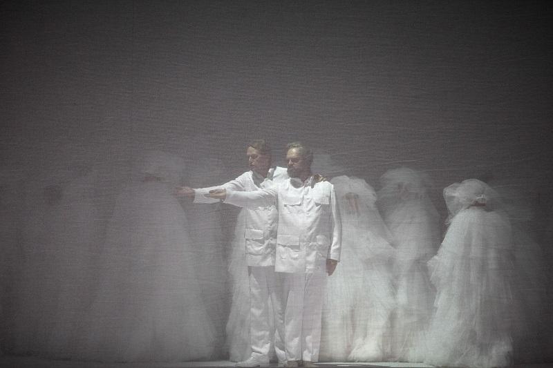 -Repetition-generale-Moses-und-Aron--c---Bernd-Uhlig---Opera-national-de-Paris-5--1600