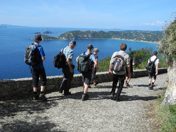 Wandern auf Korfu mit Meerblick