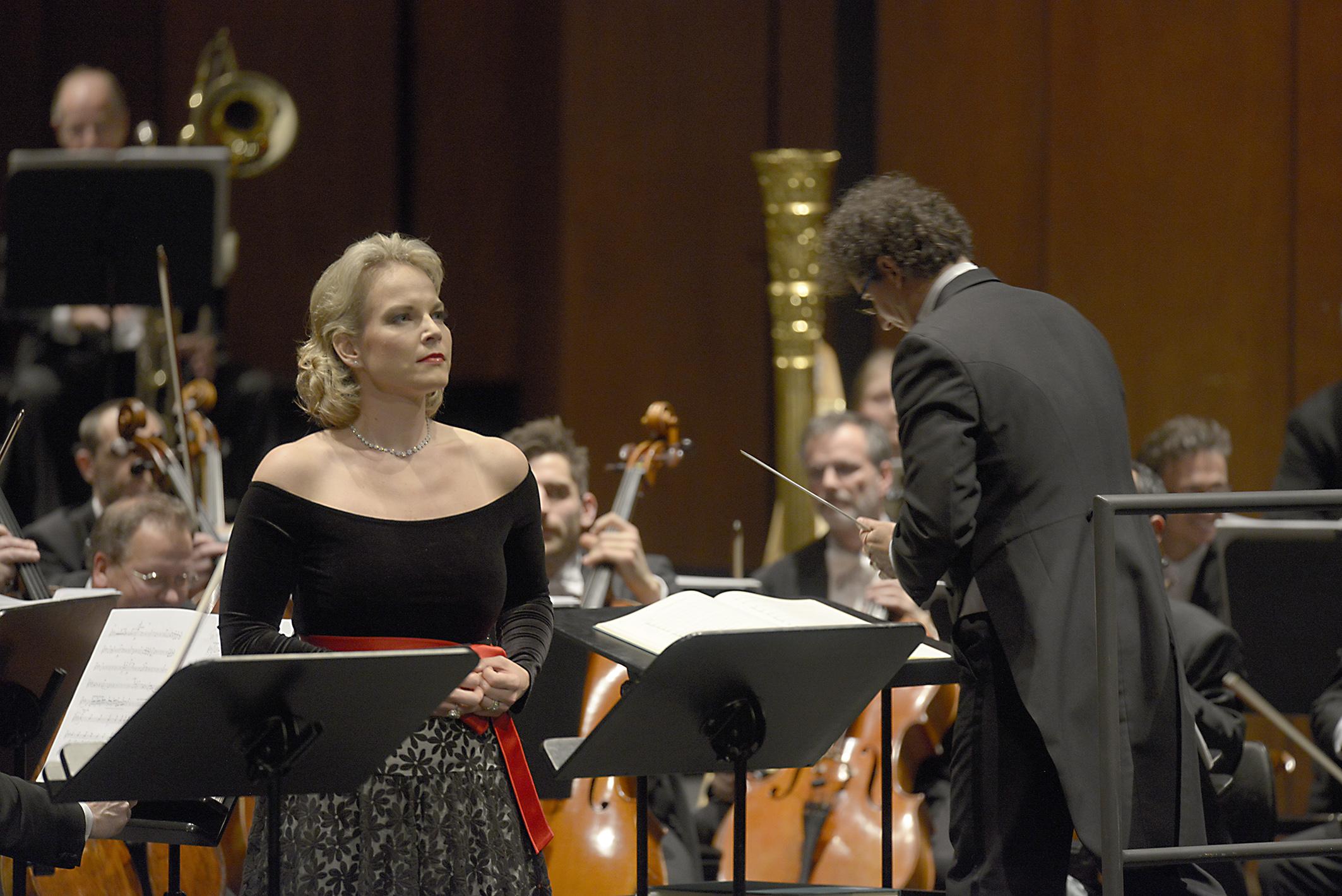 Elina Garanča als La Favorite, Foto Bettina Stoess