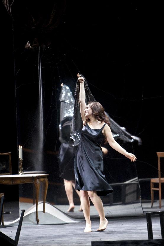 La Traviata, Sonya Yoncheva (Violetta Valéry), Foto Bernd Uhlig