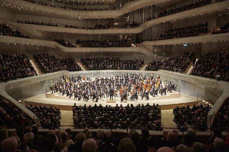 Die Wiener Philharmoniker mit Semyon Bychkov im Großen Saal, Foto Claudia Hoehne