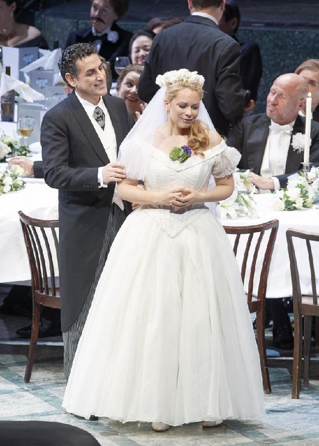 Juan Diego Floréz als erfahrener Eheeinsteiger undDaniela Fally, die Debütantin (Foto: Michal Pöhn)
