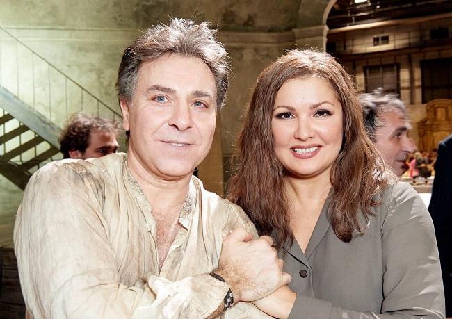 Glücklich nach der Derniere : KS Anna Netrebko und Roberto Alagna - wieder mit hohem C  (Foto. M.Pöhn)