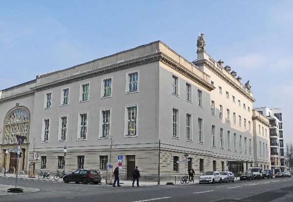 Ex-Magazingebäude, nun Domizil der Barenboim-Said-Akademie
