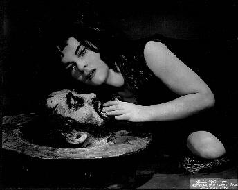 Maria KOUBA als Salome