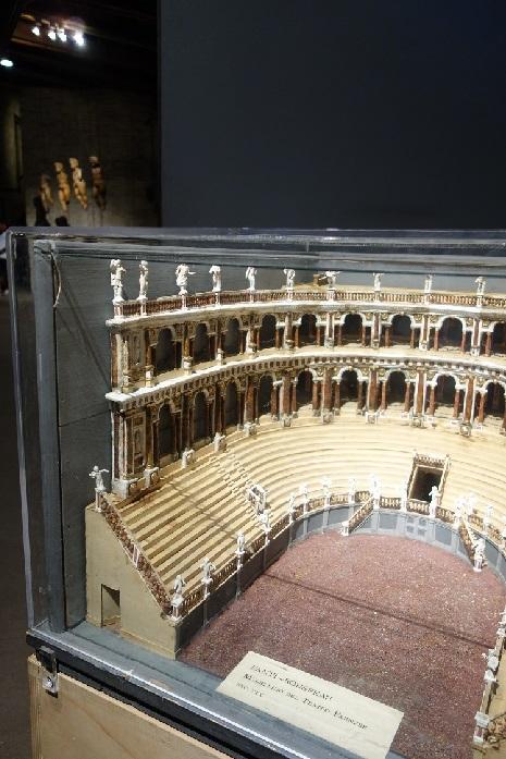 Modell 2 Farnese