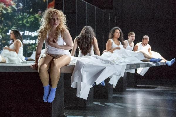 Wilhelma Theater - What next 1 - Foto C. Kalscheuer
