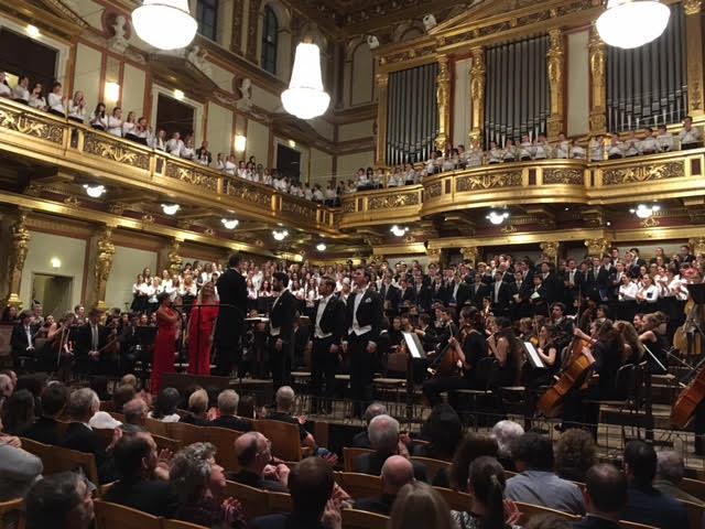 Chöre und Solisten nach der Schubert Messe