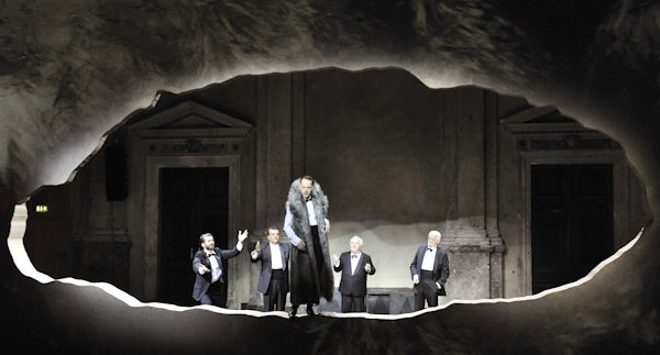Platon  Bühnenbild