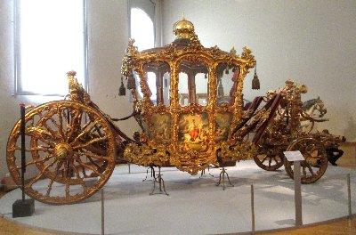 Wagenburg  Goldene Kutsche x~1