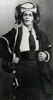 Wladimir Politkowsky als Escamillo in Carmen