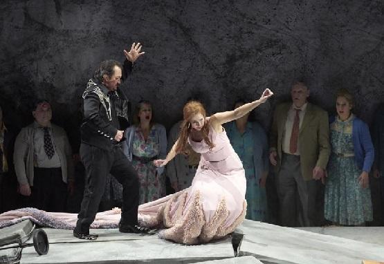 Zurab Zurabishvili-Otello Sally du Randt-Desdemona Copyright A.T. Schäfer