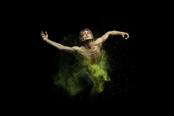 Ballettabend  Duato-Shechter, Duatos Stück Erde, Foto Yan Revazov, b (1)
