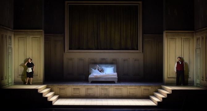 LE RETOUR D ULYSSE DANS SA PATRIE -  Compositeur : Claudio MONTEVERDI -  Direction musicale : Emmanuelle HAIM -  Mise en scene : Mariame CLEMENT -  Scenographie : Julia HANSEN -  Lumieres : Bernd PURKRABEK -  Avec :  Magdalena KOZENA (Penelope) -  Le 23 02 2017 -  Au Theatre des Champs Elysees -  Photo : VIncent PONTET
