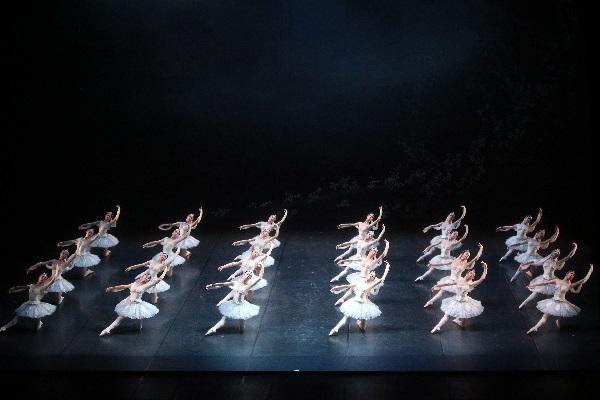 La Bayadere_Corps de ballet Schattenakt Tokyo Ballet_7.4.17 002