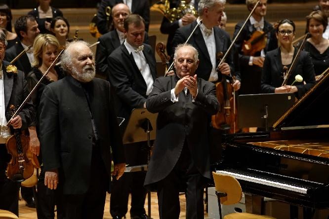 Radu Lupu und Daniel Barenboim nach dem Beethoven-Konzert. Foto Thomas Bartilla