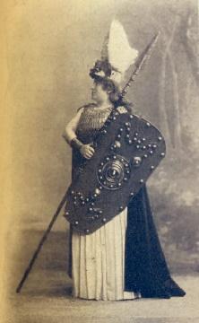Felicie Kaschowska als Brünnhilde