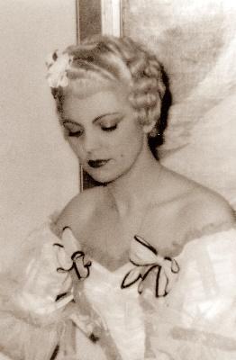 Lucienne Jourfier als Manon