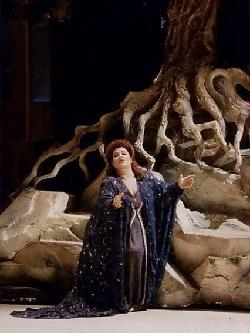 Alessandra Marc als Ariadne