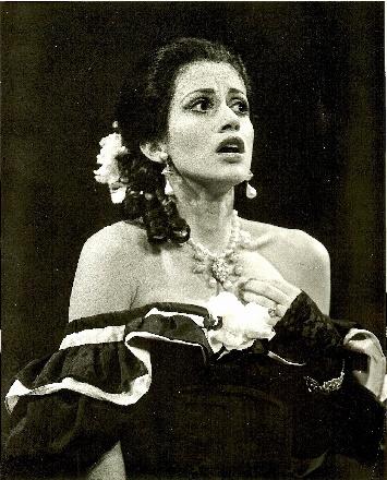 Jenny DRIVALA als Traviata