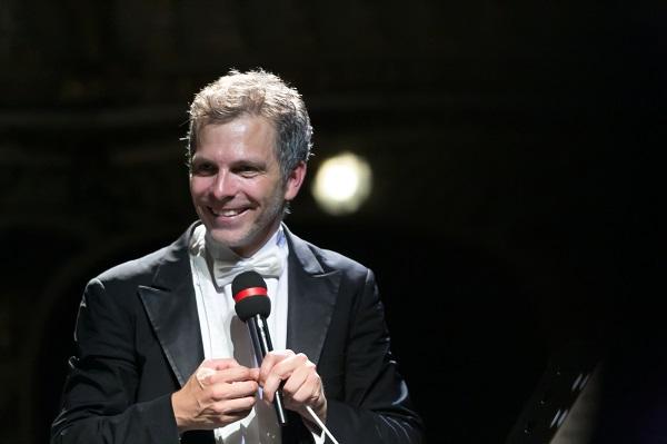Dirk Kaftan moderiert sein Abschiedskonzert