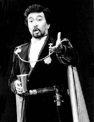 Otoniel GONZAGA als Rifgoletto-Herzog