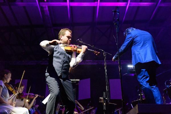 Waterworks mit Kristjan Järvi und Mikhail Simonyan, Violine, (c) BMEF - Peter Adamik