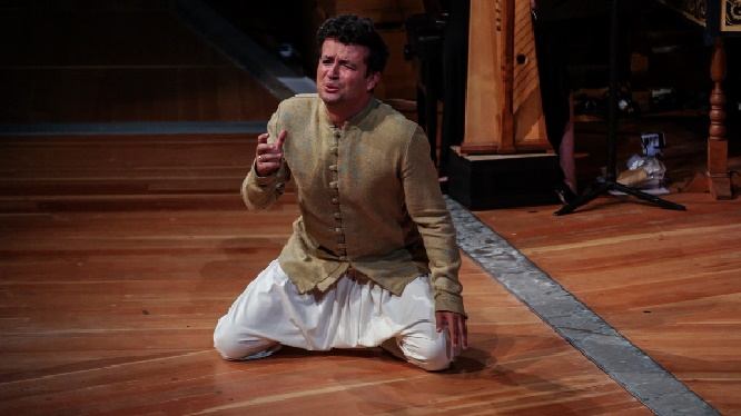 Krystian Adam als Orfeo, Copyright Carolina Redondo