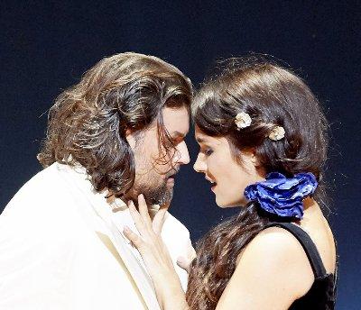 La_Traviata_102204_BORRAS_PERETYATKO  est~1