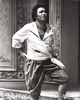 Enrico DI GIUSEPPE als Lindoro an der MET