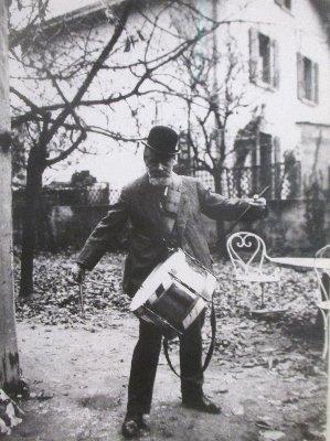 Hodler Foto mit Trommel x~1