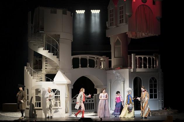 Das Playmobil-Schloss in Sevilla mit Ensemble der Grazer Oper, Foto W.Kmetitsch