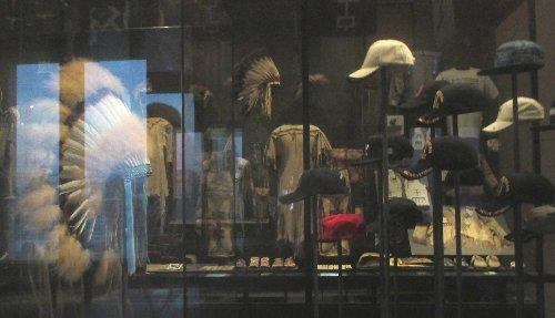 Weltmuseum Badeballkappen~1