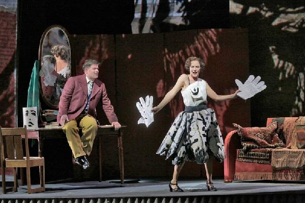 Daniel Brenna als ALWA u. Marlis Petersen als Lulu. Photo by Ken Howard, Metropolitan Opera
