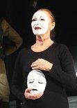Maria_Stuart_ Maria mit Maske