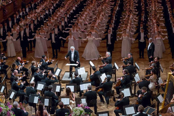 Vienna Philharmonic Ball_Domingo_(c) Richard Schuster_WPB18-145