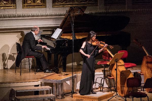Festival Baltikum, Iván Fischer am Flügel, Sayako Kusaka, Violine, Foto Markus Werner