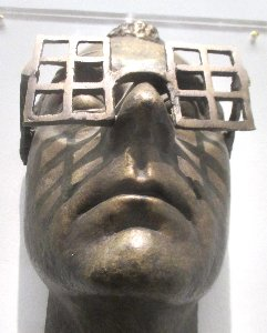 Man Ray Maske vorne x~1